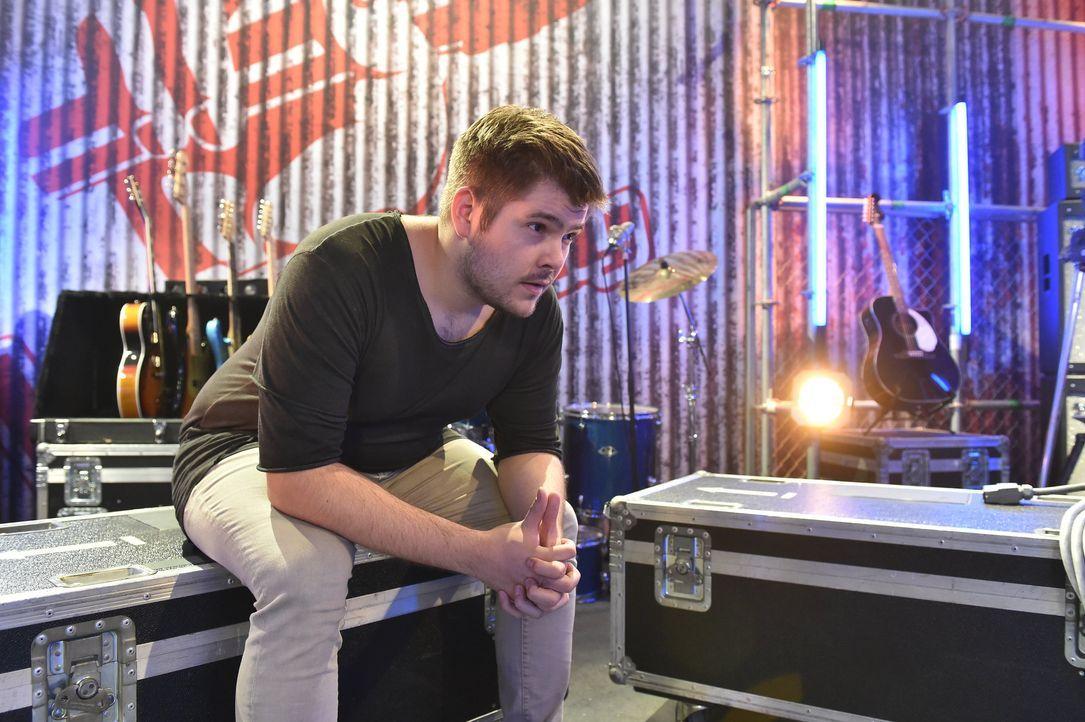 Ep8_Dzenan_Backstage - Bildquelle: SAT.1/ProSieben/Andre Kowalski