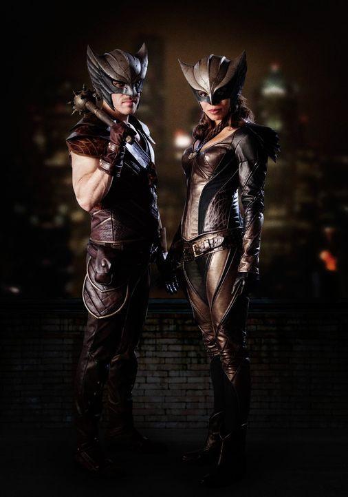(1. Staffel) - Bereits seit Jahrhunderten kämpften Hawkman und Hawkgirl gegen den unsterblichen und übermächtigen Vandal Savage. Jetzt sollen die Re... - Bildquelle: 2015 Warner Bros.
