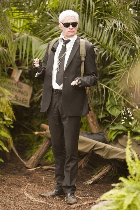 So prominent war der Dschungel noch nie! Karl Lagerfeld (Max Giermann), Günther Jauch, Peter Zwegat und weitere Größen des Showbiz gehen in den a... - Bildquelle: ProSieben