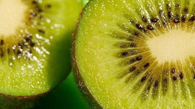 Die Zitrusfrucht Kiwi ist ein wahres Beauty-Mittel – in welchen Beauty DIY-Re...
