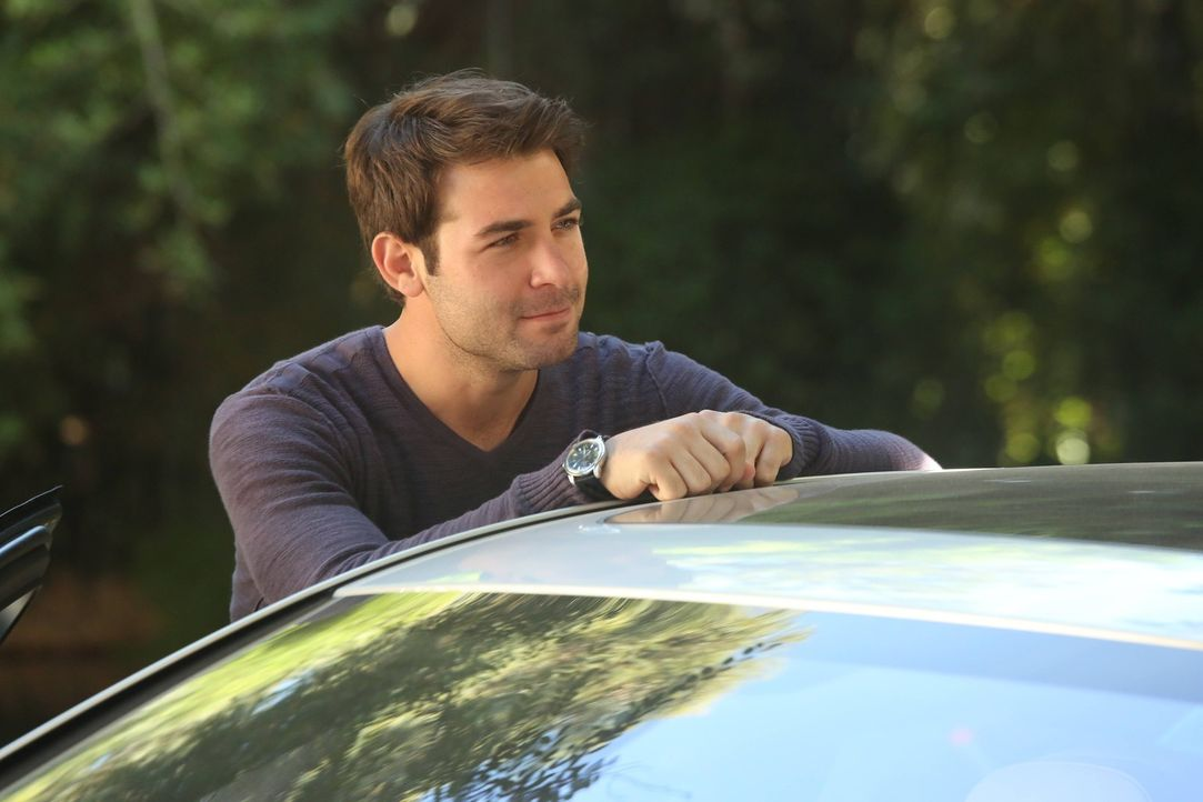Gerät mit Andrew in einen Konkurrenzkampf: Zach (James Wolk) ... - Bildquelle: 2013 Twentieth Century Fox Film Corporation. All rights reserved.