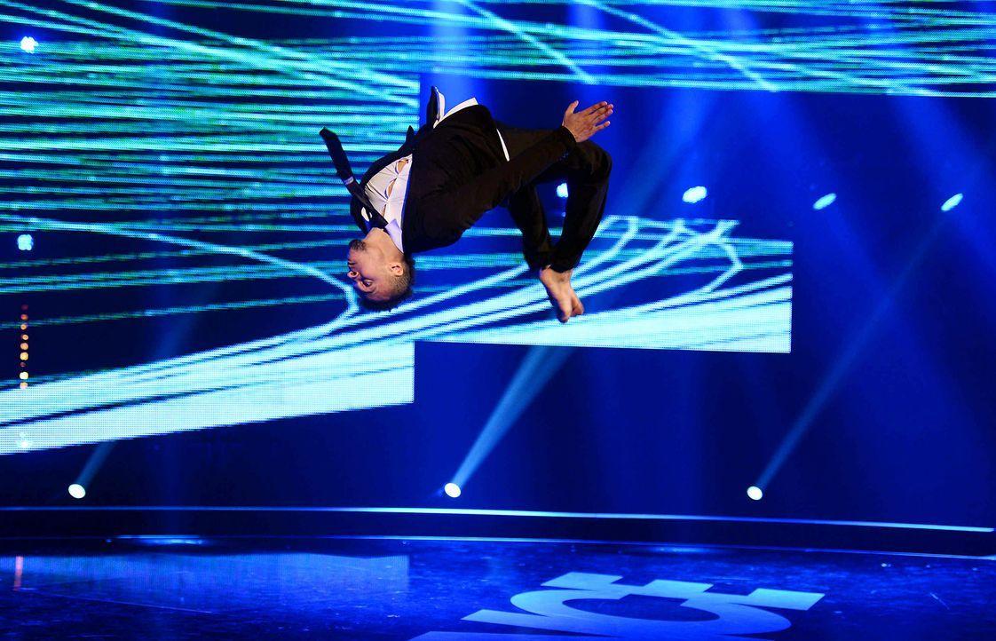 Got-To-Dance-Francis-03-SAT1-ProSieben-Willi-Weber-TEASER - Bildquelle: SAT.1/ProSieben/Willi Weber