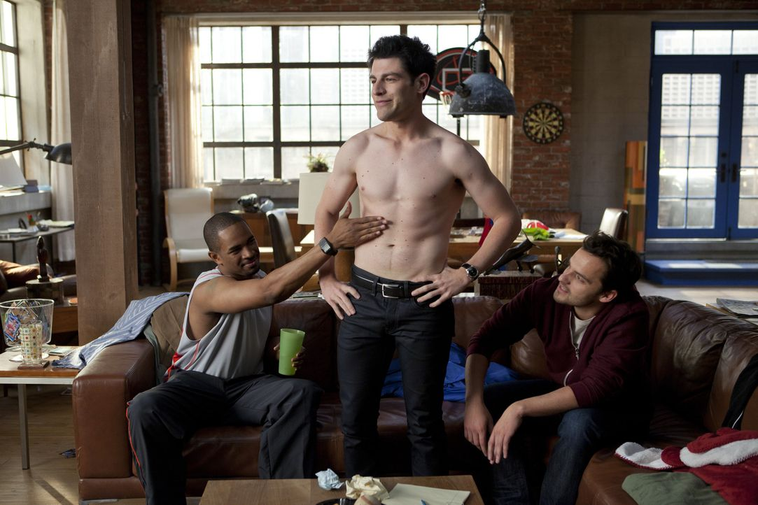 Jess' Mitbewohner: Schmidt (Max Greenfield, l.), Nick (Jake M. Johnson, 2.v.l.) und Coach (Damon Wayans Jr., r.) ... - Bildquelle: 20th Century Fox