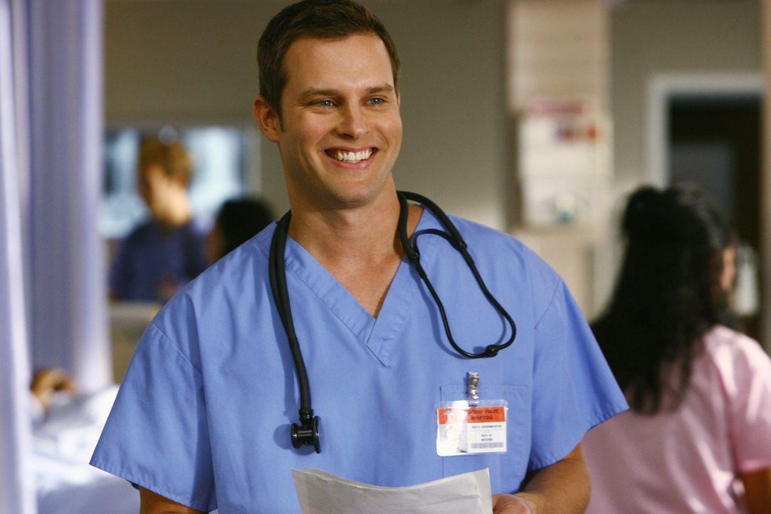 Während Dr. Maddox für Wirbel sorgt, wird Elliott von Carla und Ted darauf hingewiesen, dass Keith (Travis Schuldt) ein Problem damit hat, dass si... - Bildquelle: Touchstone Television