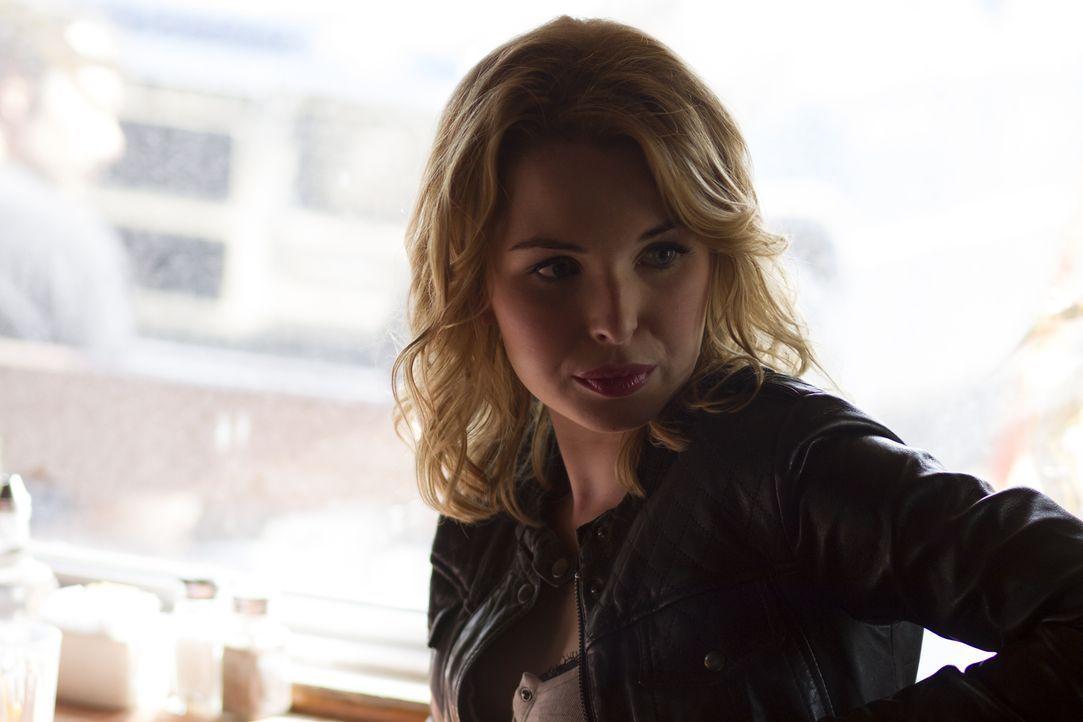 Als Jewel (Kirsten Prout) ihren Freund, den hitzköpfigen Rennfahrer Jordan, auf einem Road Trip zu einem Rennen begleitet, freut sie sich auf eine w... - Bildquelle: 2014 Twentieth Century Fox Film Corporation.  All rights reserved.