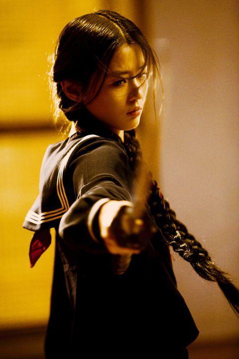 Lässt sich von etlichen Vampiren nicht ins Bockshorn jagen: Halbvampirin Saya (Gianna Jun) ...