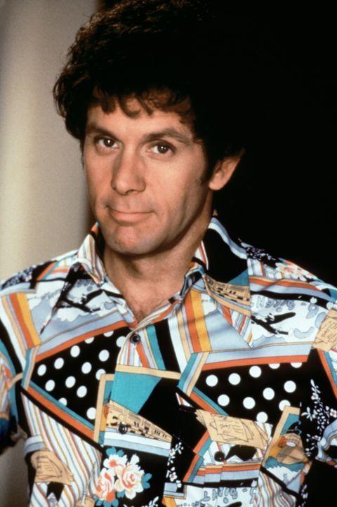 Anlässlich seines Hochzeitstages plant Flower-Power-Anhänger Mike (Gary Cole) eine grandiose Feier ... - Bildquelle: Paramount Pictures