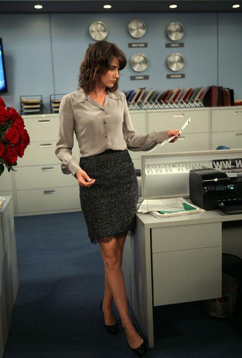 Barney möchte für Nora sein altes Ich mit all seinen Macken hinter sich lassen. Robin (Cobie Smulders) hilft ihm dabei - mit verheerenden Folgen ... - Bildquelle: 20th Century Fox International Television