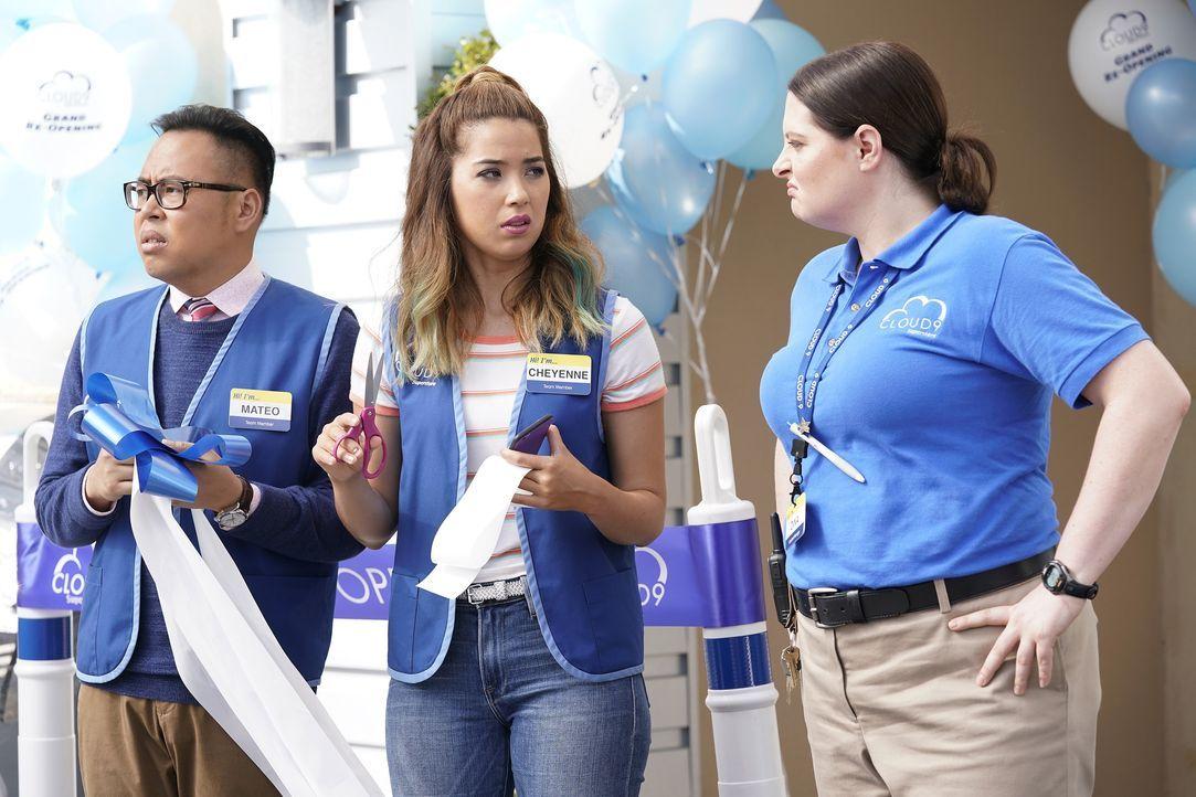 (v.l.n.r.) Mateo (Nico Santos), Cheyenne (Nichole Bloom); Dina (Lauren Ash) - Bildquelle: Greg Gayne 2017 NBCUniversal Media, LLC / Greg Gayne