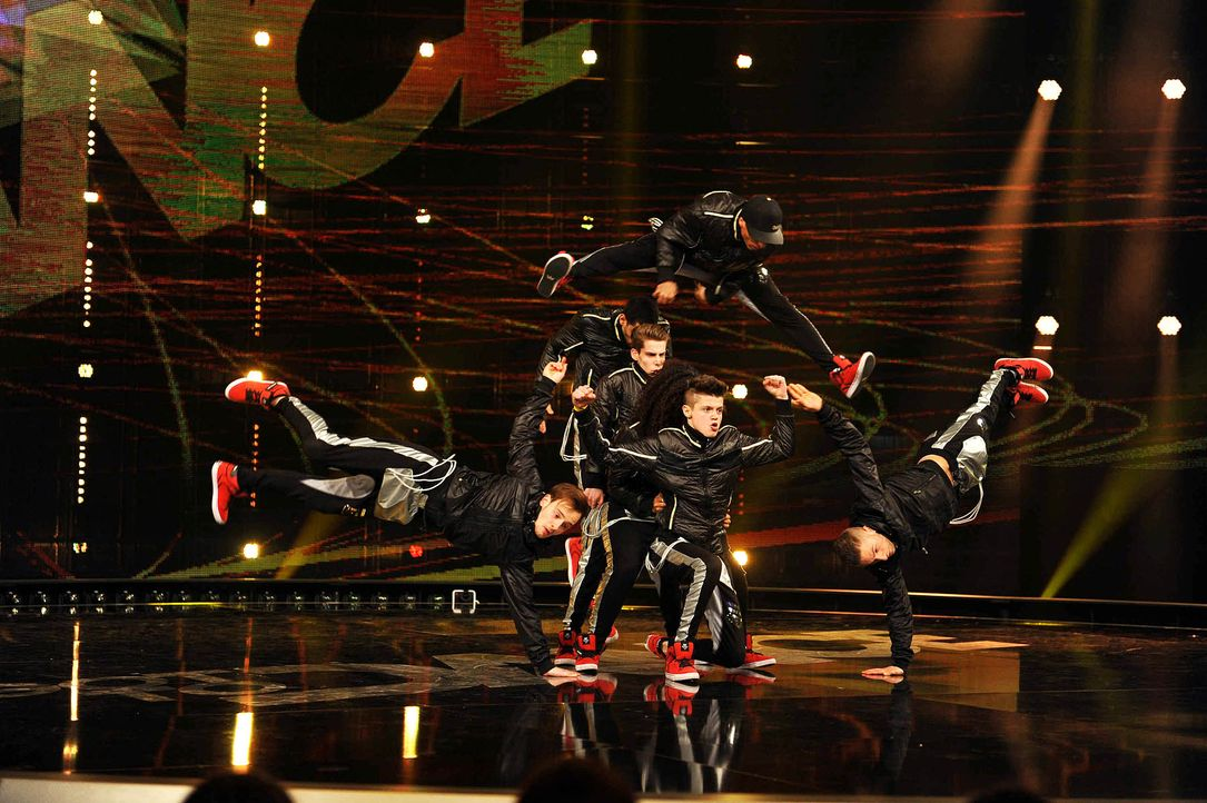 Got-To-Dance-2MAD-04-SAT1-ProSieben-Willi-Weber-TEASER - Bildquelle: SAT.1/ProSieben/Willi Weber