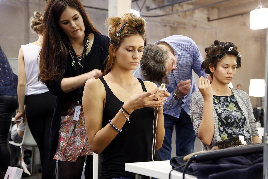 GNTM-Stf10-Epi03-Fashionshow-10-ProSieben-Richard-Huebner - Bildquelle: ProSieben/Richard Huebner