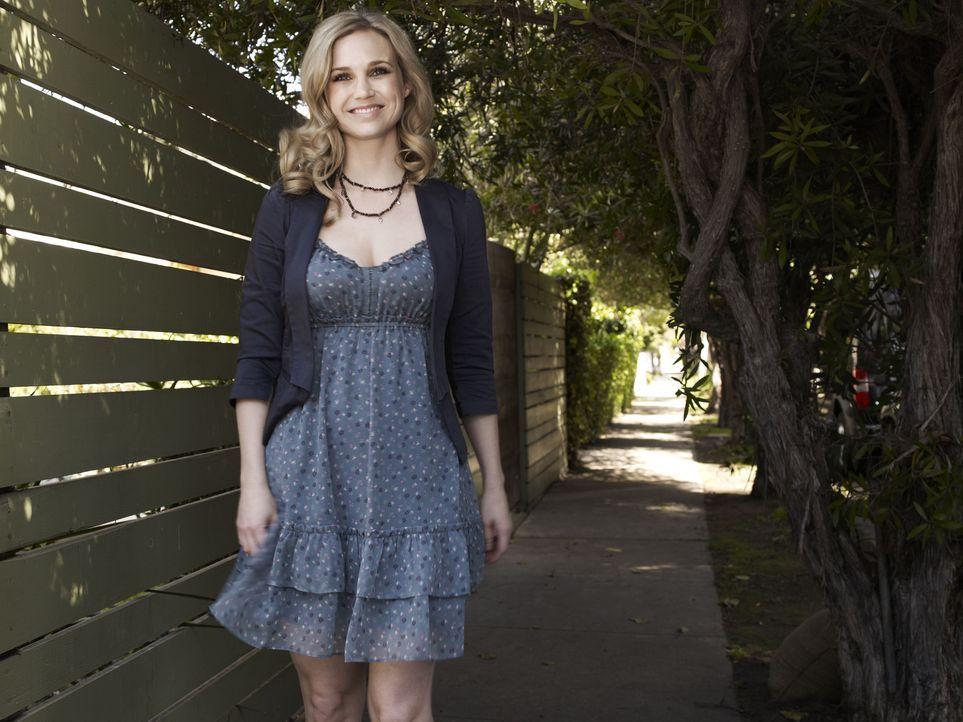 (1. Staffel) - Für Jenna (Fiona Gubelmann) ist Wilfred einfach nur ihr liebenswertes Haustier ... - Bildquelle: 2011 FX Networks, LLC. All rights reserved.