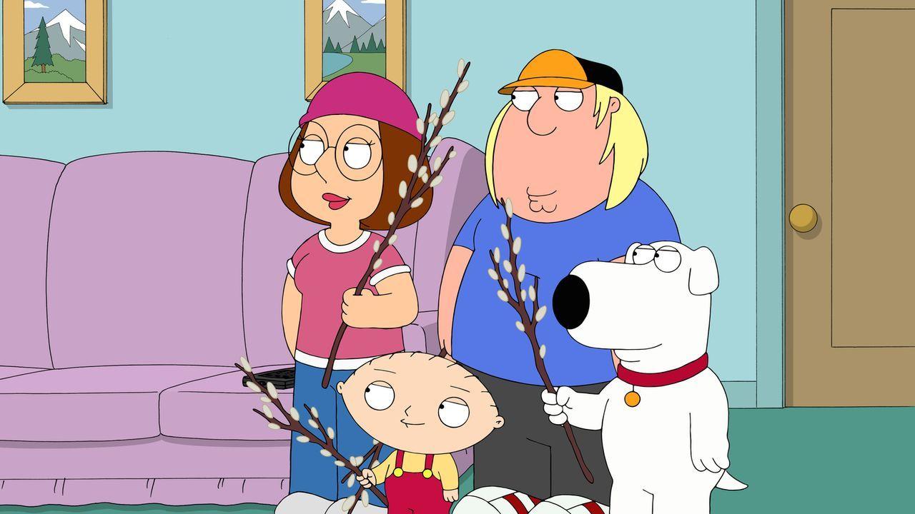 Hat die Aufsicht durch Lois' Vater doch etwas Gutes? Meg (l.), Stewie (2.v.l.), Chris (2.v.r.) und Brian (r.) haben sich von der Abhängigkeit von Te... - Bildquelle: 2015-2016 Fox and its related entities. All rights reserved.