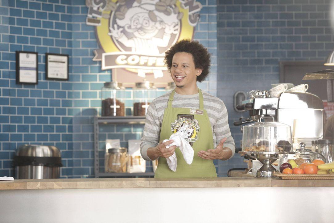 Voller Begeisterung beobachtet Mark (Eric André) das bunte Treiben im Coffee-Shop ... - Bildquelle: 2012 Twentieth Century Fox Film Corporation. All rights reserved.