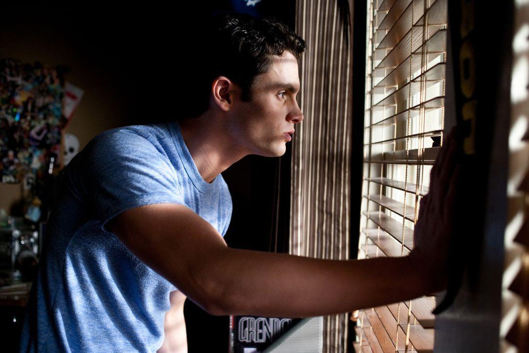 Kaum von der Militärakademie nach Hause zurückgekehrt, da muss sich Michael (Penn Badgley) auch schon einer tödlichen Bedrohung stellen, die äußerst... - Bildquelle: 2009 Screen Gems, Inc. All Rights Reserved.