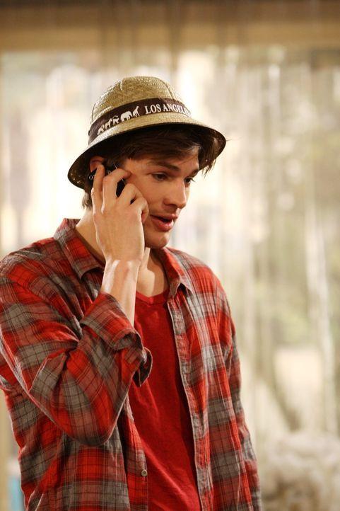 Das Sexleben von Walden (Ashton Kutcher) und Zoey läuft nicht besonders gut, deshalb hat Walden einen ganz besonderen Plan ... - Bildquelle: Warner Brothers Entertainment Inc.
