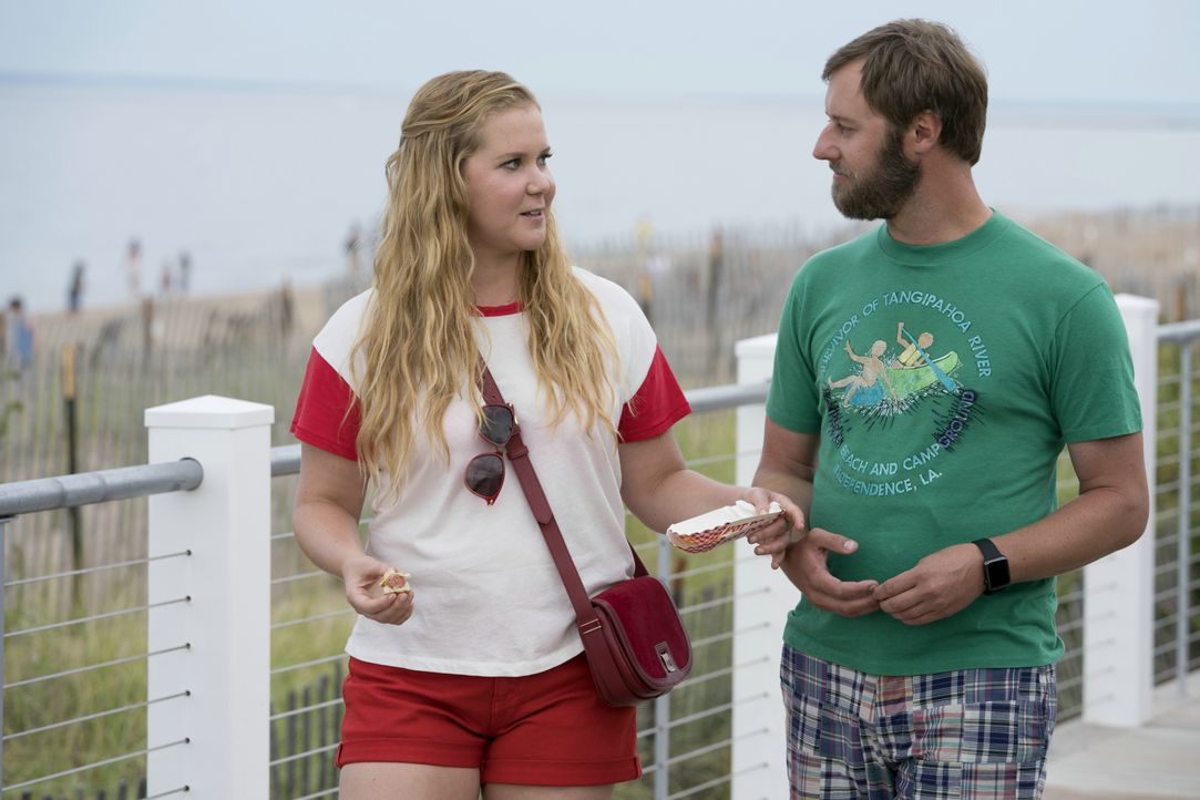 Renee Bennett (Amy Schumer, l.); Ethan (Rory Scovel, r.) - Bildquelle: 2018 TBV PRODUCTIONS, LLC. ALL RIGHTS RESERVED.