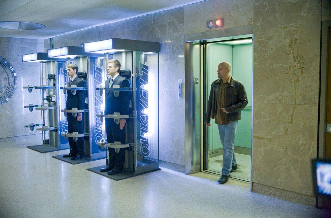 Im Jahr 2054 bestimmen die Surrogates das Leben der gesamten Menschheit. Roboter übernehmen sämtliche Aufgaben eines Menschen. Doch als FBI-Agent... - Bildquelle: Stephen Vaughan Touchstone Pictures.  All Rights Reserved