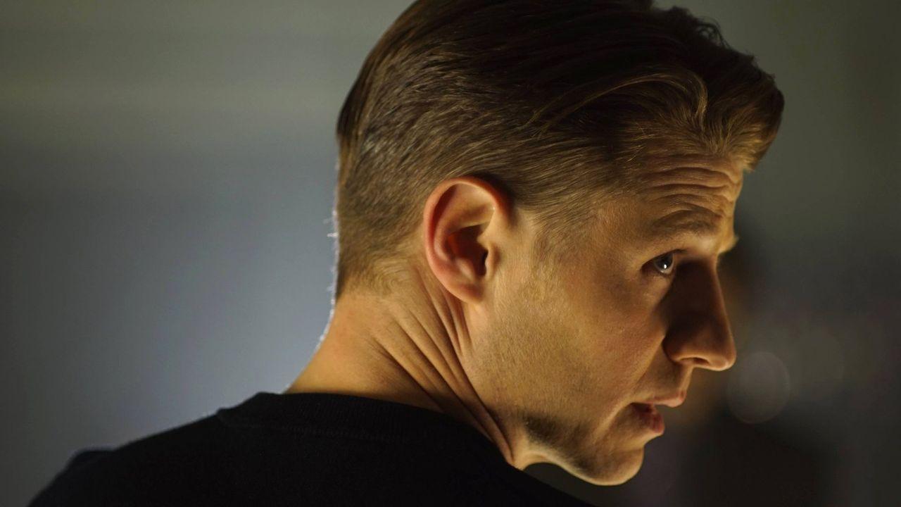 Wird es Gordon (Ben McKenzie) gelingen, Dr. Strange aufzuhalten? - Bildquelle: Warner Brothers