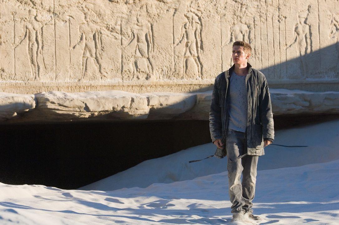 """War immer überzeugt, ein ganz normaler Junge zu sein. Doch eines Tages entdeckt der 15-jährige David (Hayden Christensen) zufällig, dass er ein """"... - Bildquelle: 2007 Epsilon Motion Pictures GmbH"""