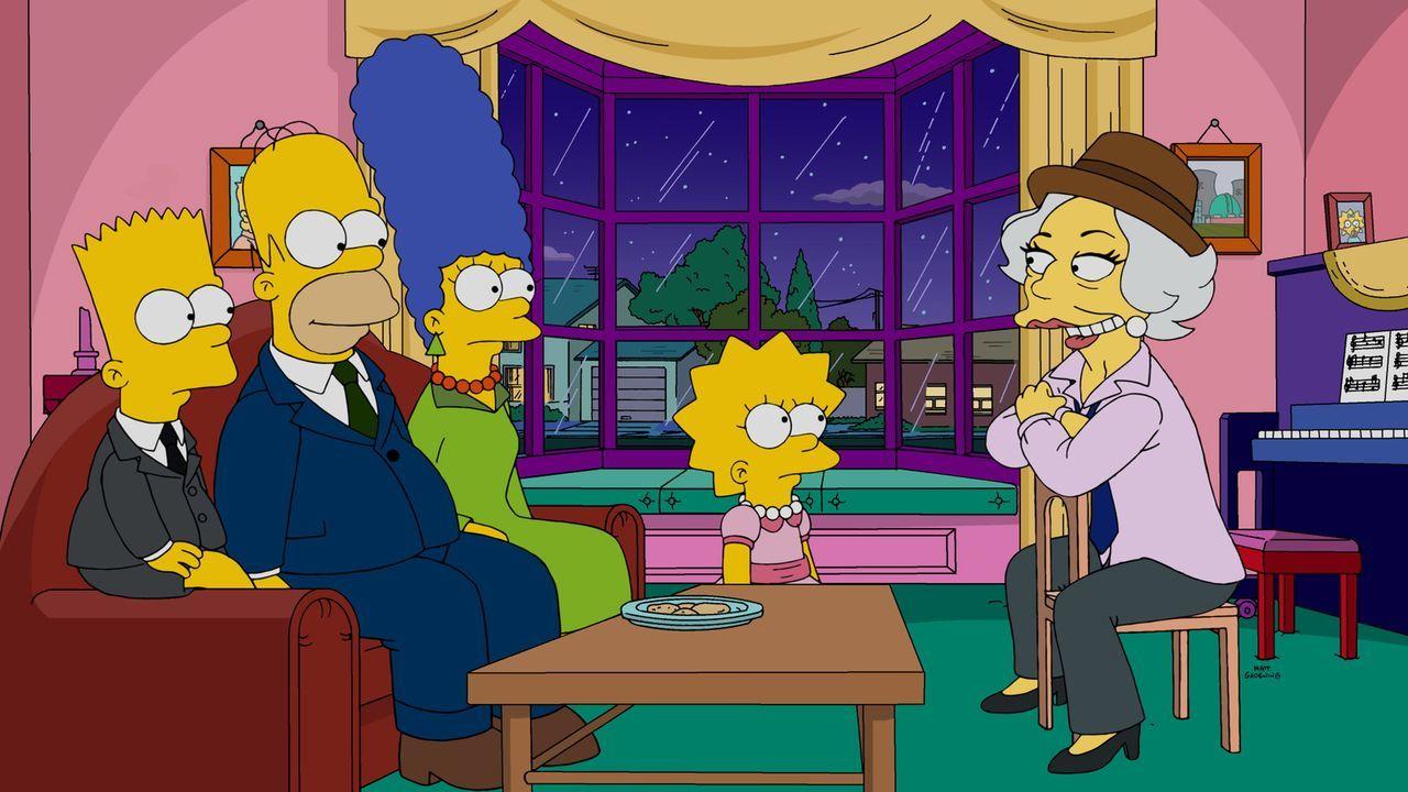 Homer (2.v.r.), der beim Pokern 5.000 Dollar an Broadway-Legende Laney Fontaine (r.) verloren hat, versucht sie gemeinsam mit Lisa (2.v.l.), Marge (... - Bildquelle: 2015 Fox and its related entities.  All rights reserved.