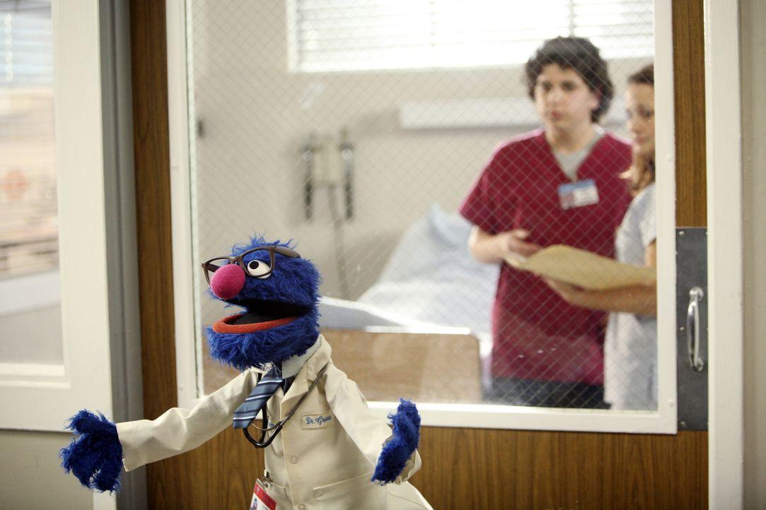 J.D. trifft in seinen Visionen auf einen ganz besonderen Gast: Dr. Grover - Bildquelle: Touchstone Television