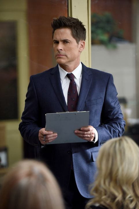 Dean (Rob Lowe) will seinem Vater mit einer ungewöhnlichen Methode bei seinem Prozess helfen ... - Bildquelle: 2015-2016 Fox and its related entities.  All rights reserved.