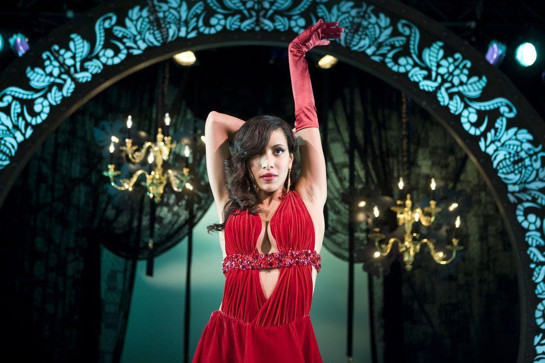 Wird sie Lauryn Steine in den Weg werfen, damit sie ihrem Traum als Tänzerin nicht verwirklichen kann? Carmen (Julissa Bermudez) ... - Bildquelle: Kinowelt GmbH