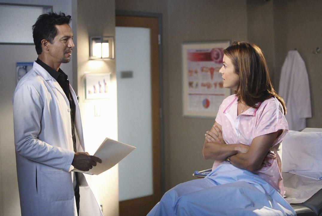 Während Sheldon versucht Amelia bei ihrem Rückfall in den Alkoholismus zu helfen, trifft Addison (Kate Walsh, r.) auf ihre Supermarktbekanntschaft... - Bildquelle: ABC Studios