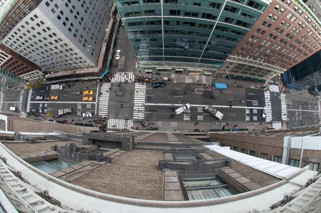 Nick Cassidys Perspektive vom Fenstersims des Hotels ... - Bildquelle: 2011 Concorde Filmverleih GmbH