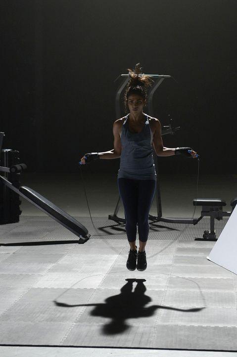 Gibt alles, damit sie fit bleibt: Alex (Priyanka Chopra) ... - Bildquelle: 2015 ABC Studios