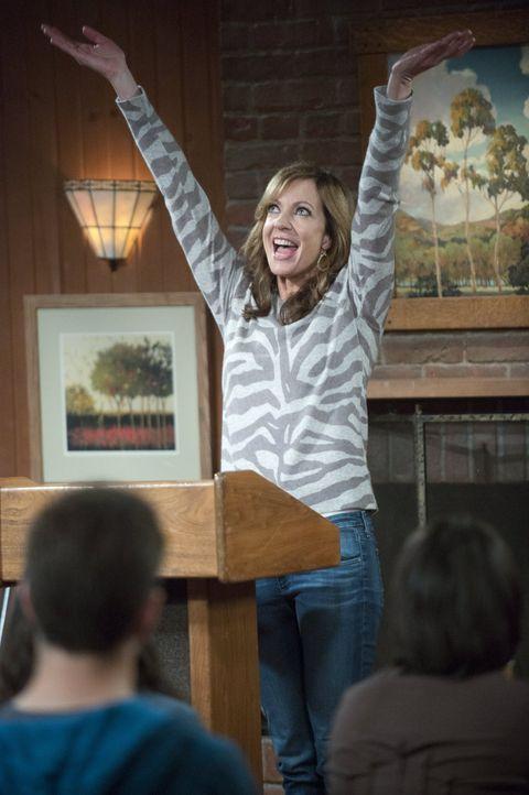 Welches Geheimnis versucht Bonnie (Allison Janney) vor ihrer Tochter zu verbergen? - Bildquelle: Warner Bros. Television