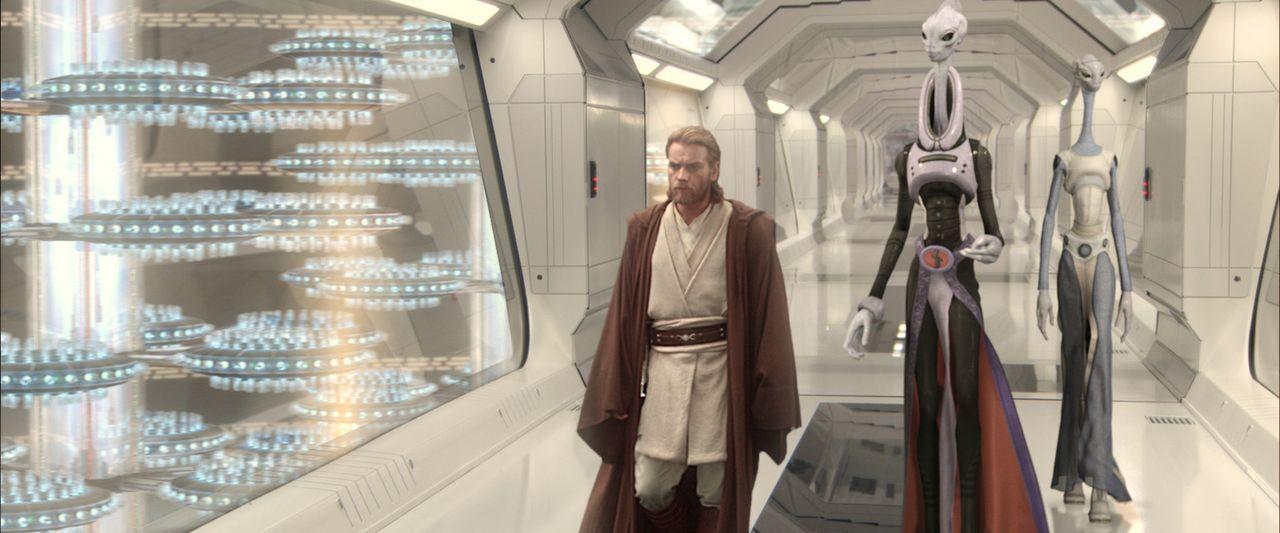 Gerät während seiner Nachforschungen am äußersten Rand der Galaxis in arge Bedrängnis: Jedi-Ritter Obi-Wan Kenobi (Ewan McGregor, l.) ... - Bildquelle: Lucasfilm Ltd. & TM. All Rights Reserved.