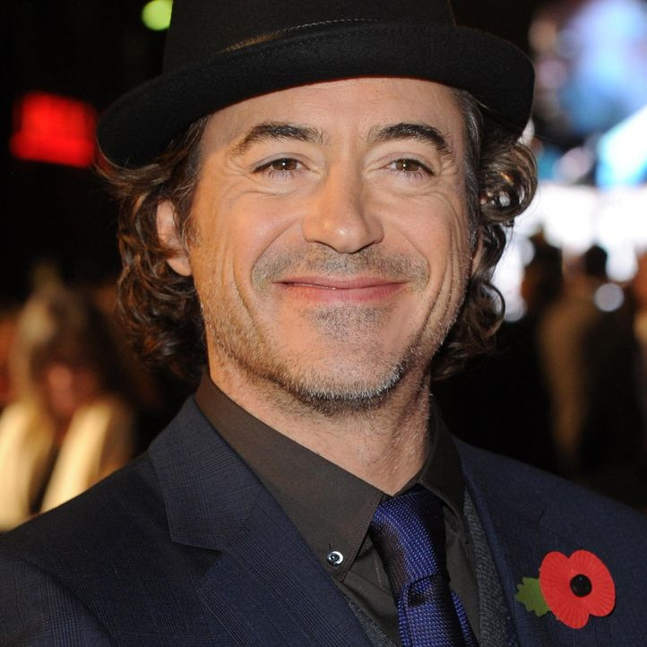robert-downey-jr-comic-held 1200 x 1200 - Bildquelle: World Entertainment News Network
