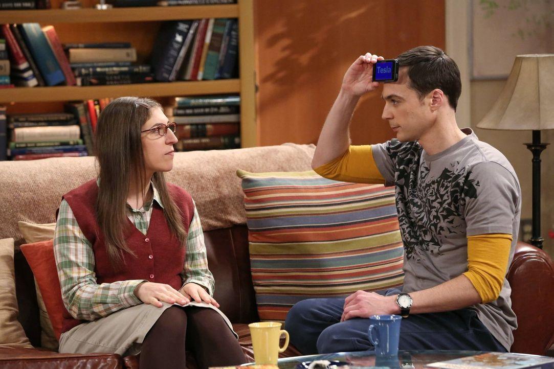 Was ist nur mit Sheldon (Jim Parsons, r.) und Amy (Mayim Bialik, l.) los? - Bildquelle: Warner Bros. Television