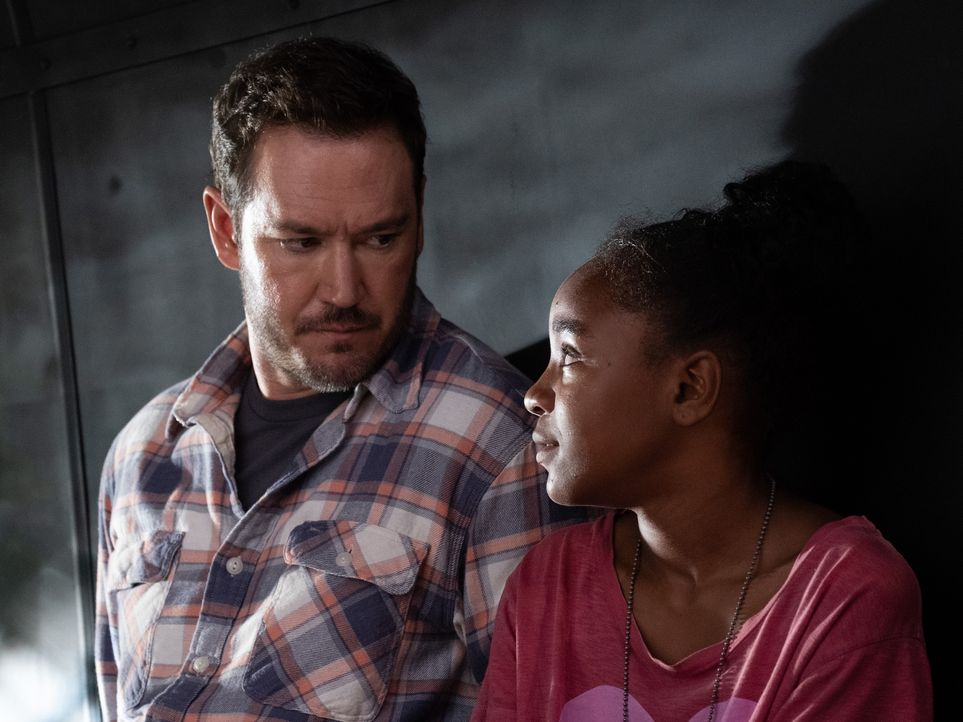 Brad Wolgast (Mark-Paul Gosselaar, l.); Amy Bellafonte (Saniyya Sidney, r.) - Bildquelle: Erika Doss 2019 Fox and its related entities. All rights reserved. / Erika Doss