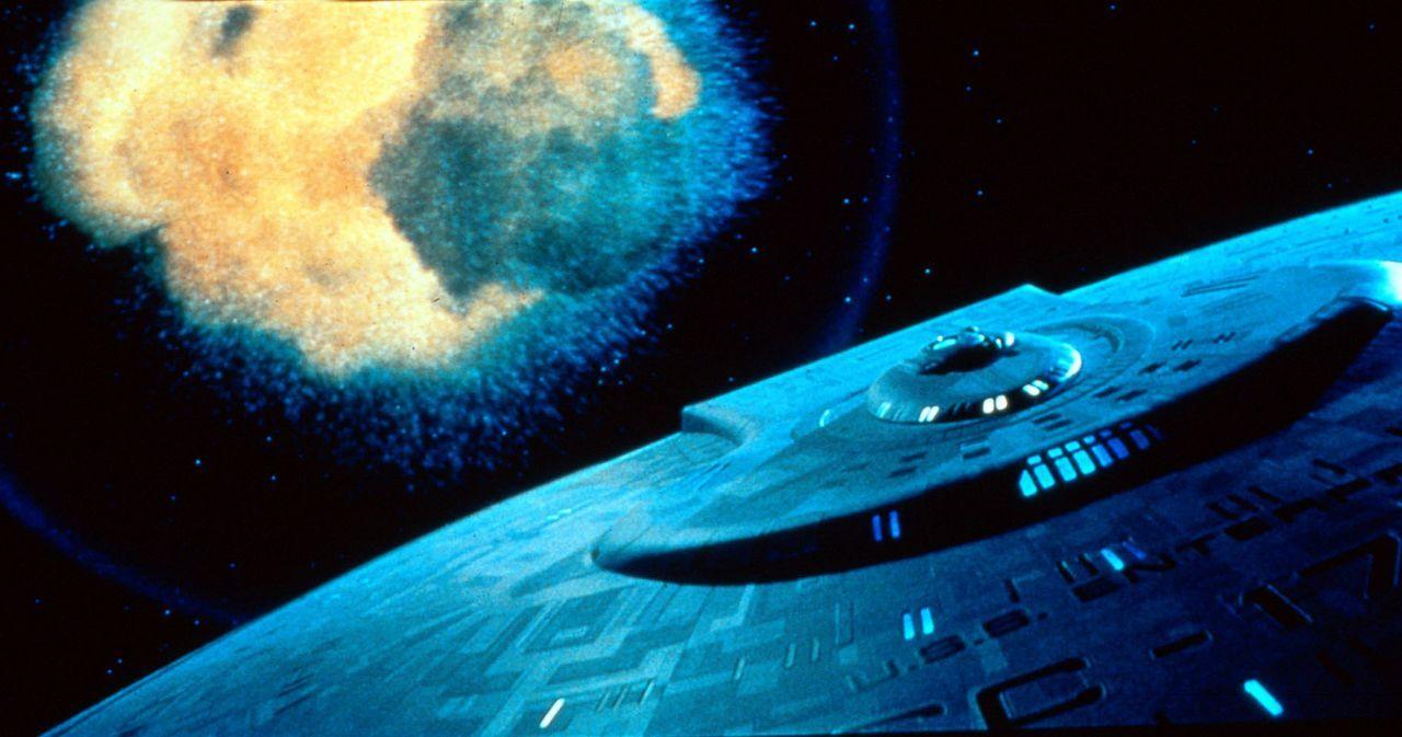 """Die Enterprise im Kampf gegen den """"Nexus"""". - Bildquelle: Paramount Pictures"""