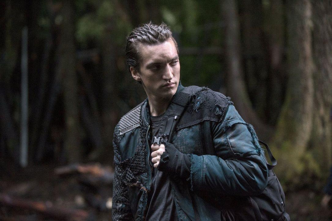 Für Murphy (Richard Harmon) bleiben die Grounder Feinde ... - Bildquelle: 2014 Warner Brothers