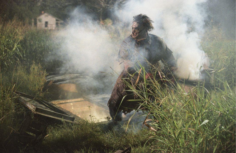 Leatherface (Andrew Bryniarski) zeigt auf seine ganz spezielle Art und Weise den jungen Leuten, was es heißt, Rache zu nehmen ... - Bildquelle: Constantin Film