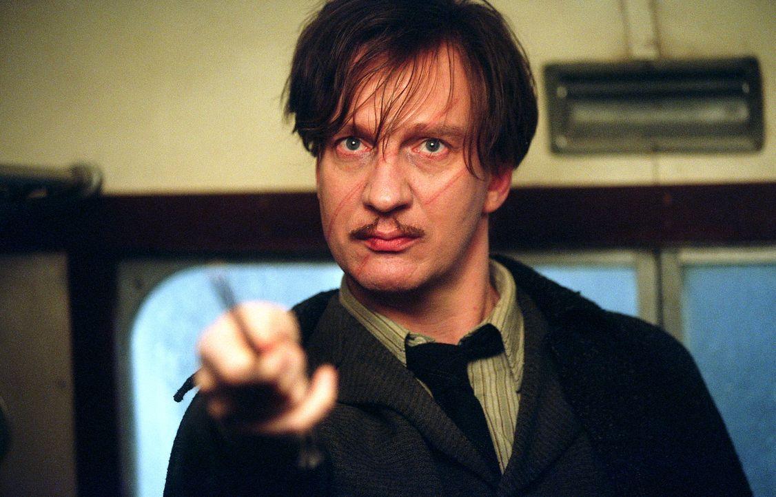 Rettet Harry Potter: Professor Lupin (David Thewlis) ... - Bildquelle: Warner Television