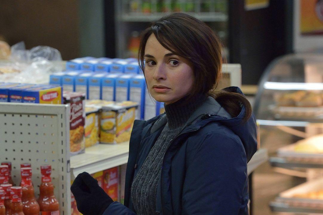 Noch ahnt Nora (Mia Maestro) nicht, dass sie in dieser Nacht einen geliebten Menschen verlieren wird ... - Bildquelle: 2014 Fox and its related entities. All rights reserved.