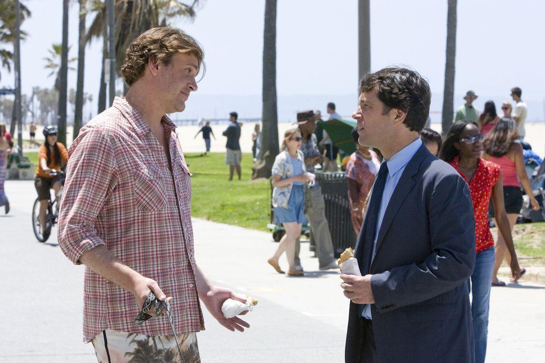 Die intensive Freundschaft mit Sidney (Jason Segel, l.) stellt Peters (Paul Rudd, r.) Beziehung zu seiner Verlobten auf eine harte Probe ... - Bildquelle: (2009) DW STUDIOS L.L.C. ALL RIGHTS RESERVED