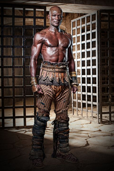 Sklave und zunächst einfacher Gladiator im Ludus des Batiatus': Drago (Peter Mensah) ... - Bildquelle: 2010 Starz Entertainment, LLC