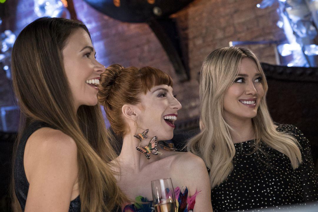 (v.l.n.r.) Liza (Sutton Foster); Lauren (Molly Bernard); Kelsey (Hilary Duff) - Bildquelle: Hudson Street Productions Inc 2016