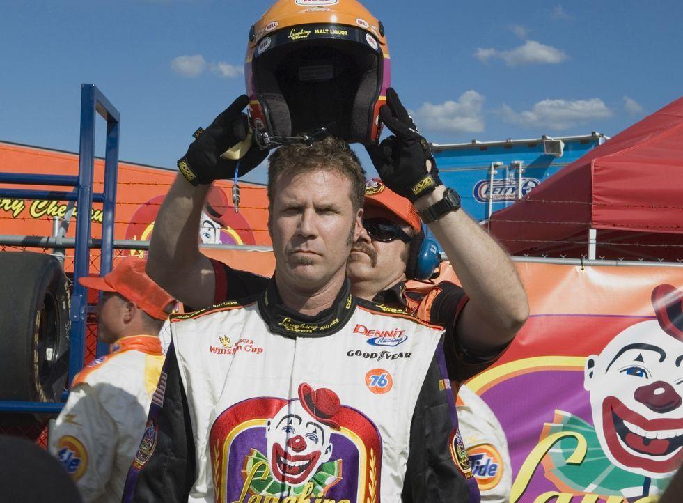 Rennfahrer Ricky Bobby (Will Ferrell) hat alles, was man sich nur wünschen kann. Die Presse liegt ihm zu Füßen, er erhält hoch dotierte Sponsore... - Bildquelle: Copyright   2006 Sony Pictures Television International.