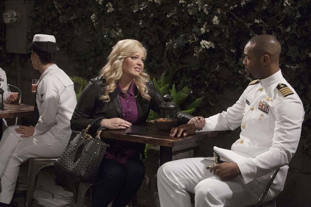 Das alljährliche Treffen mit Captain Hudson steht an. Als der Captain Bonnie... - Bildquelle: Bruce Birmelin ABC Family
