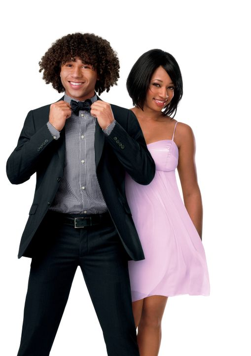 Chad (Corbin Bleu, l.) möchte nach dem Schulabschluss gemeinsam mit seinem Freund Troy an die Universität von Albuquerque. Während seine Freundin... - Bildquelle: Disney Enterprises, Inc.  All rights reserved.