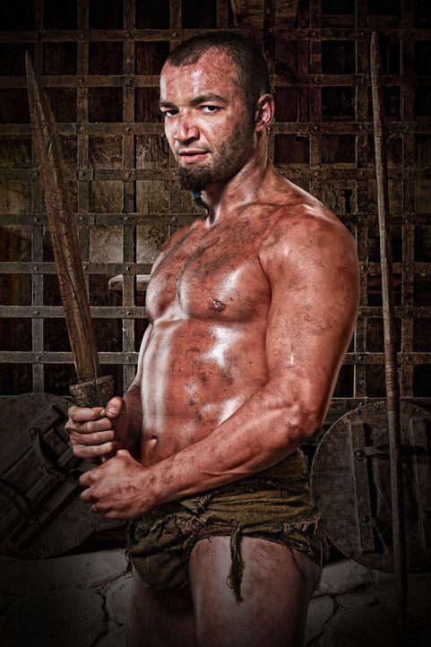Soll für Batiatus in der Arena kämpfen: Ashur (Nick Tarabay) ... - Bildquelle: 2010 Starz Entertainment, LLC