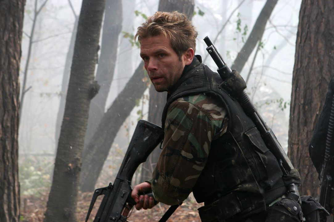 Die Mission des Delta Force Teams (David Chokachi) soll in Afghanistan einen fanatischen arabischen Terroristen finden, der sich in einem Höhlenlab... - Bildquelle: CPT Holdings, Inc. All Rights Reserved. (Sony Pictures Television International)