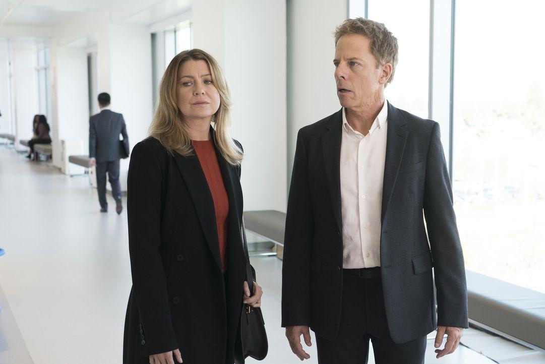 Dr. Meredith Grey (Ellen Pompeo, l.); Dr. Thomas Koracick (Greg Germann, r.) - Bildquelle: Eric McCandless ABC Studios/Eric McCandless